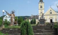 Kirchplatz Tieschen